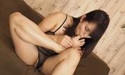 I masturbate while licking the feet Satomi 8