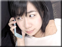 電話中のオマンコ弄り