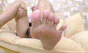 女性の足の裏 しんぴな娘たち 21
