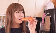 生野菜挿入オナニー あんな 4