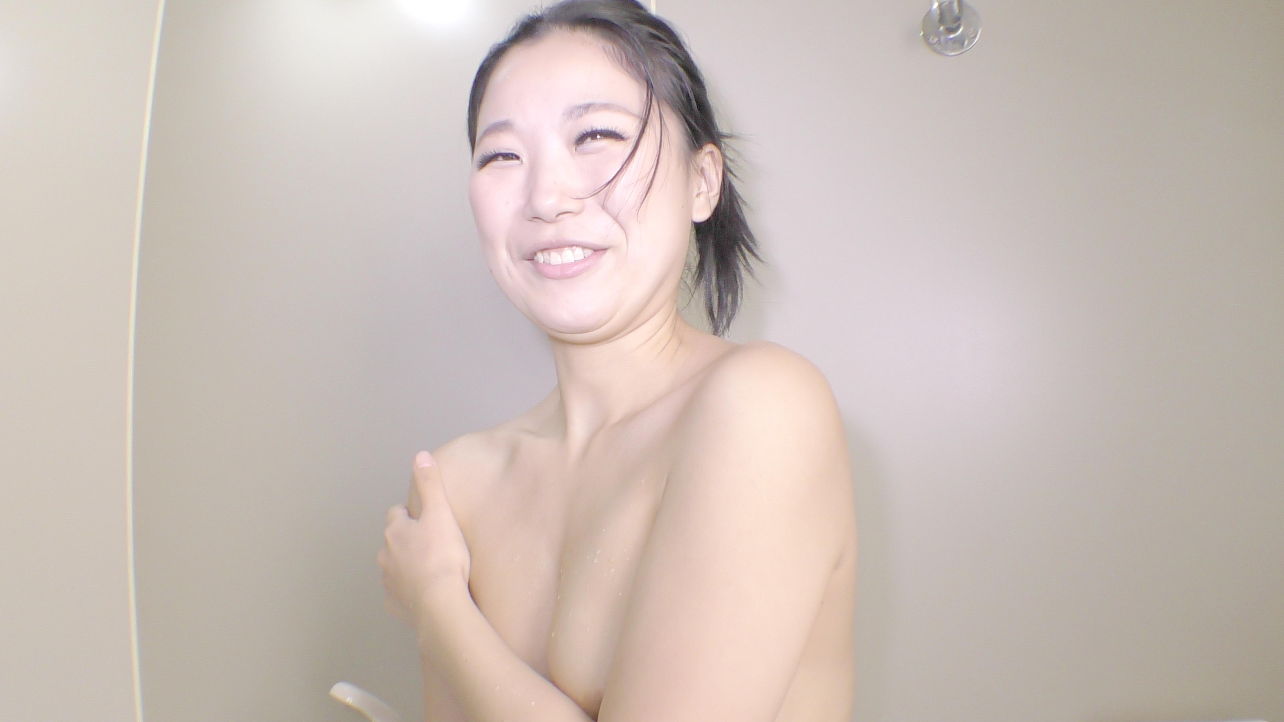 カラダを洗う しんぴな娘たち 1