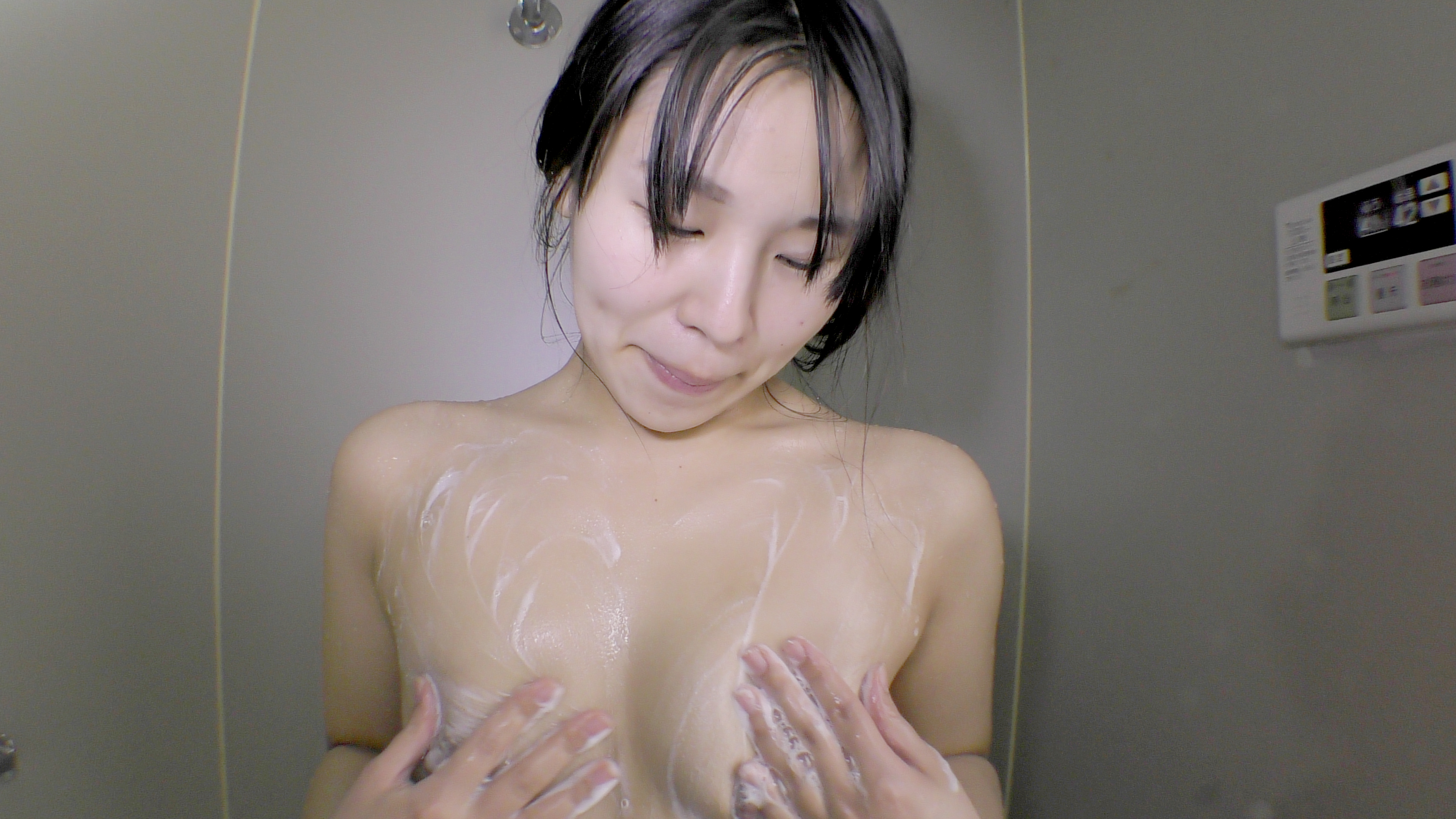 カラダを洗う しんぴな娘たち 10
