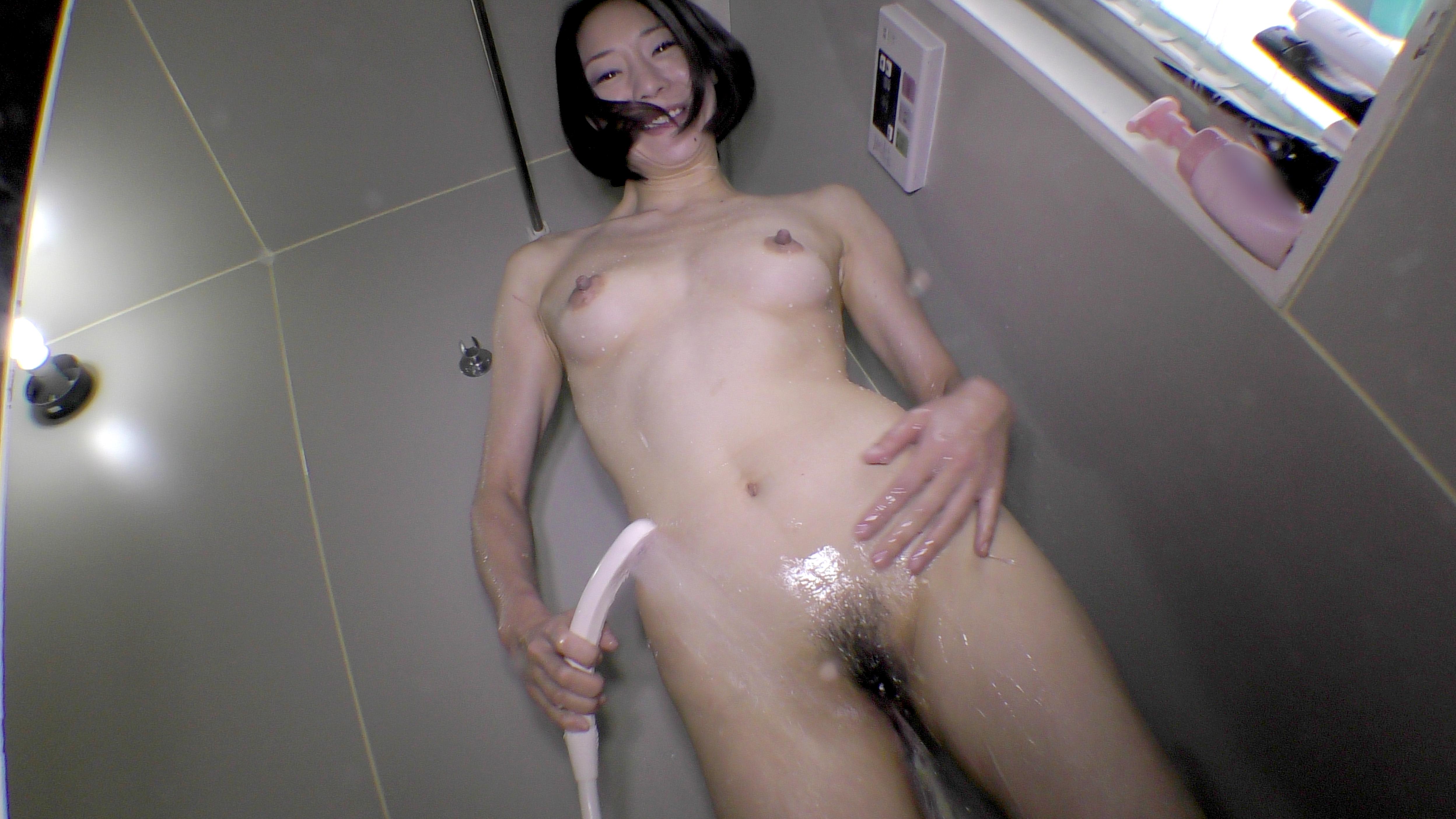 カラダを洗う しんぴな娘たち 31