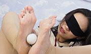 足の裏が性感帯の女...thumbnai16