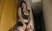 crawling along &angry masturbation Nahoko 32