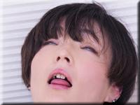 ゆう 乳首で逝くオンナ